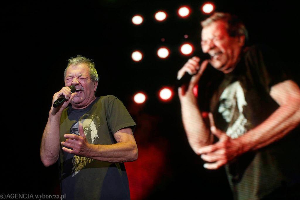 Katowice, zespół Deep Purple podczas koncertu w Spodku