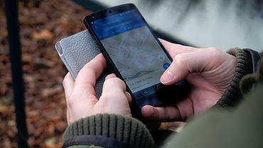 Google Maps wprowadza funkcję sygnalizacji świetlnych