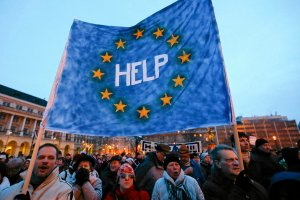 Unia zamraża węgierską kasę
