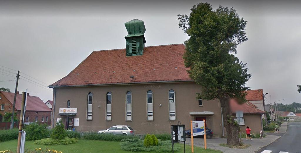 Dawny kościół zamieniony na sklep