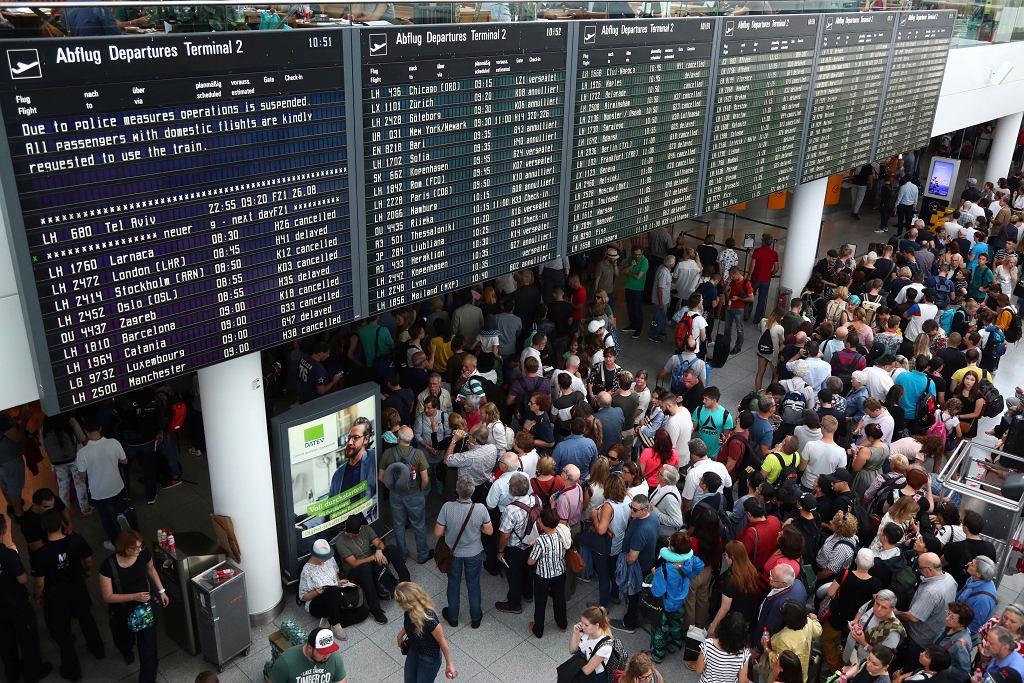 Na lotnisku w Monachium odwołano loty