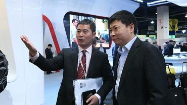 Richard Yu z prawej