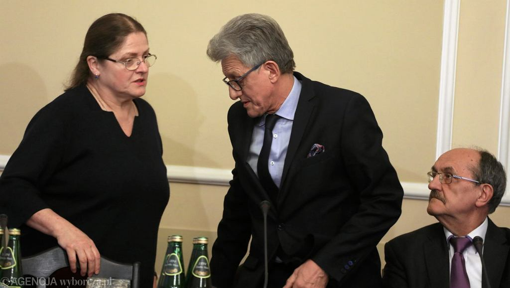 Krystyna Pawłowicz i Stanisław Piotrowicz podczas posiedzenia sejmowej Komisji Sprawiedliwości i Praw Człowieka w sprawie kandydatów do KRS, 5 marca 2018.