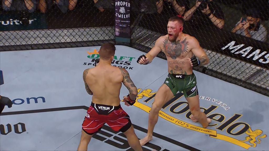 Conor McGregor przegrywa z Dustinem Poirierem
