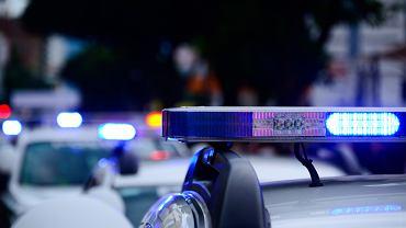 Atak nożownika w centrum handlowym. Są ranni (zdjęcie ilustracyjne)