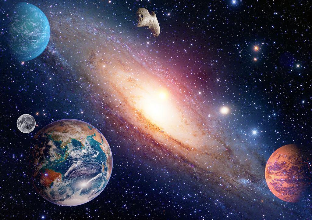 Układ Słoneczny dla dzieci będzie pomocny podczas nauki. Zdjęcie ilustracyjne