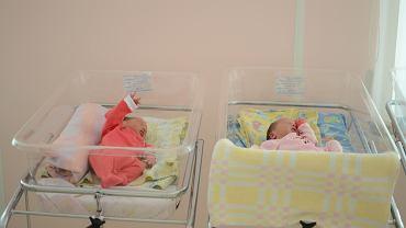 Genetyk Hi Jiankui twierdzi, że niedawno w Chinach urodziły się bliźniaczki, których geny on i jego zespół badawczy zmodyfikowali jeszcze na etapie embrionalnym (zdjęcie ilustracyjne)