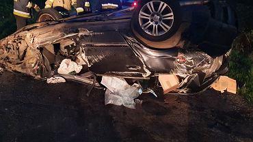 Tragiczny wypadek na drodze. Kierowca zmarł na miejscu (fot. Ratownictwo Medyczne Pyrzyce)