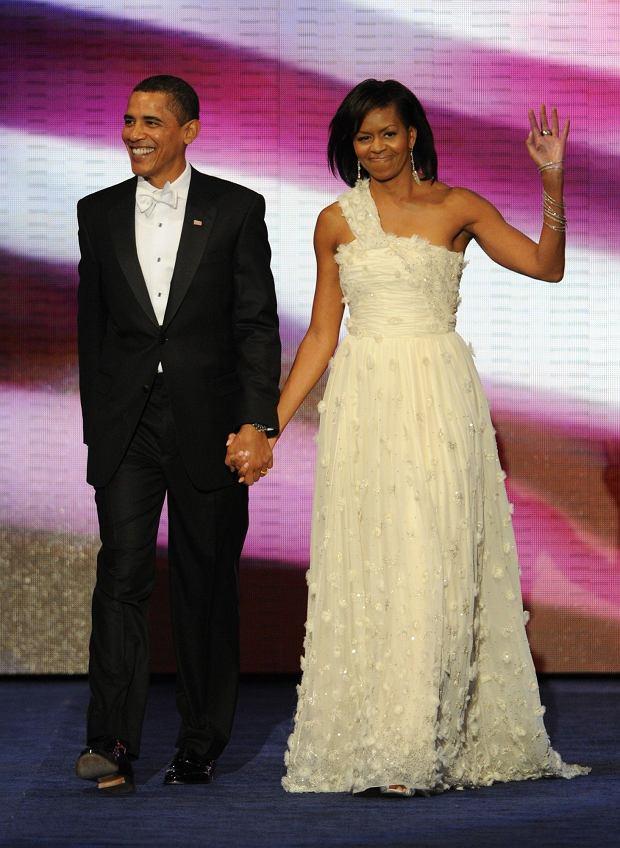 Michelle Obama w sukni Jasona Wu na pierwszym z balów inauguracyjnych w 2009 r.