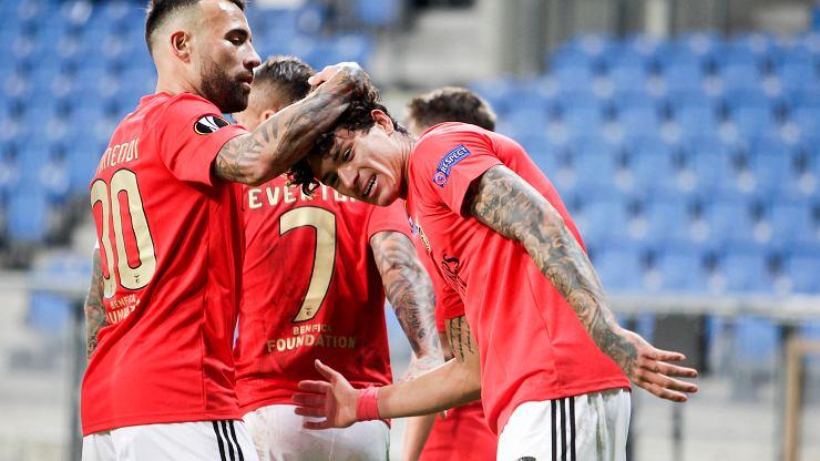 Benfica pewnie wygrywa ze Standardem Liege. Gol na 3:0 ozdobą spotkania [WIDEO]
