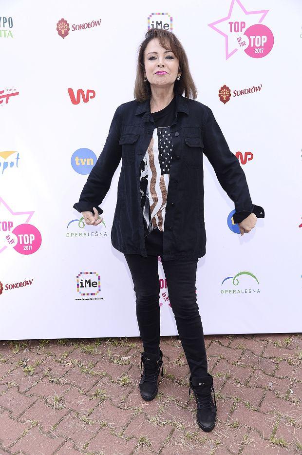 Zdjęcie numer 16 w galerii - Top of the Top Festival Sopot 2017. Piękna Szroeder, jeszcze szczuplejsza Chylińska i ONA. Przyszła w koszulce ze swoją podobizną!