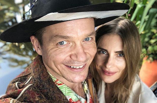 Zdjęcie numer 1 w galerii - Wojciech Mazolewski i Katarzyna Zawadzka na wakacjach. Ukochana byłego Mai Sablewskiej pozuje w bikini.