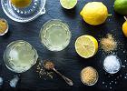 Napoje izotoniczne - jakie mają właściwości i jak działają na organizm człowieka?