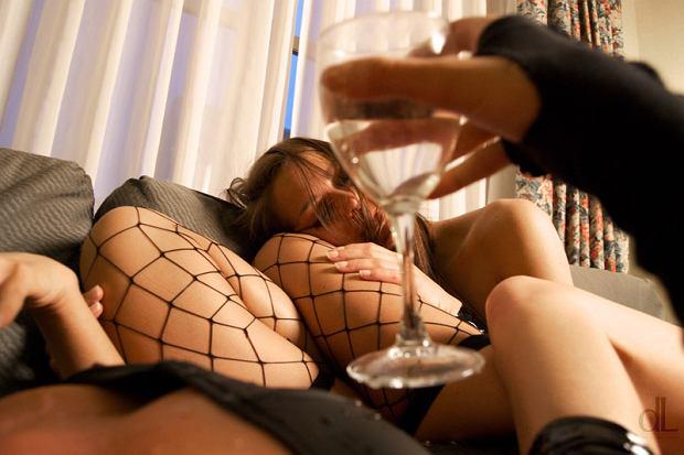 """Jak wygląda życie bez alkoholu? """"Ja nie mam problemu z moją abstynencją. To inni go mają"""""""