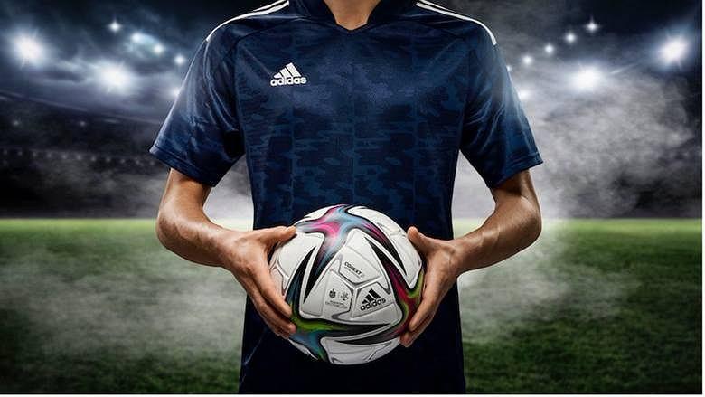 Nowa piłka ekstraklasy już zaprezentowana. Zmiana w następnej kolejce Piłka nożna