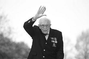 Nie żyje Thomas Moore, stuletni weteran, który zebrał 33 mln funtów dla służby zdrowia