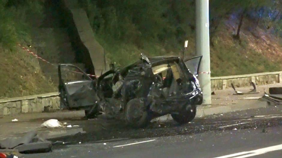 Tragiczny wypadek w Lublinie. Nie żyją dwie osoby. Kierowca mazdy był pijany