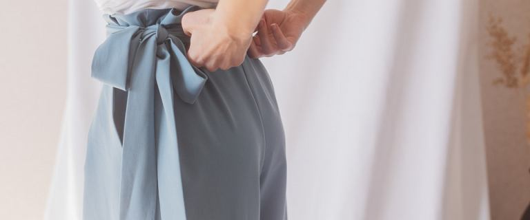 Top 3 spodnie z wiązaniem. Wybieramy najmodniejsze propozycje z sieciówek