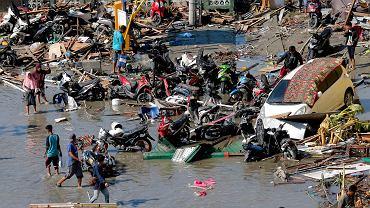 Palu, Indonezja, skutki trzęsienia ziemi i tsunami, 30 września 2018.