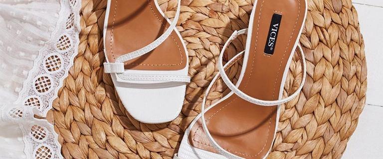 Wygodne i stylowe sandały na płaskiej podeszwie: doskonałe na ten sezon!