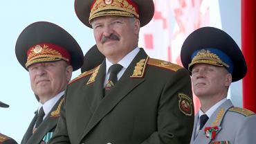 Aleksander Łukaszenka na paradzie z okazji Dnia Niepodległości