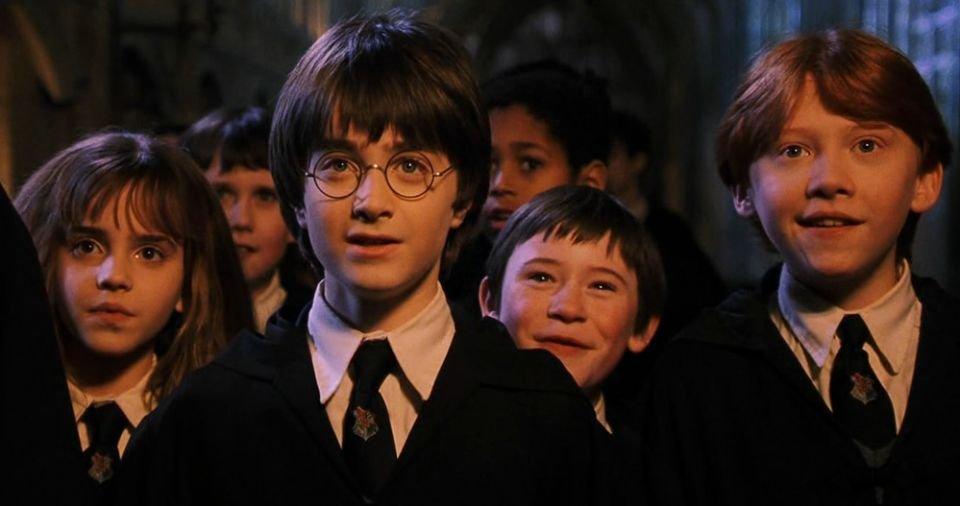 Zdjęcie numer 1 w galerii - Do jakiego domu przydzieliłaby Cię tiara przydziału? Wypełnij test stworzony przez samą J. K. Rowling