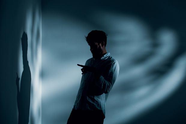 Ludzie nie mają wiedzy na temat chorób psychicznych i ich nie rozumieją (fot. Shutterstock)