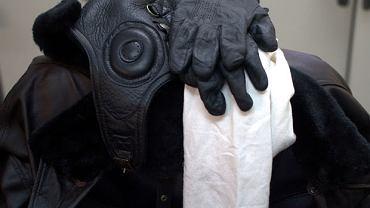 Pilotka podbita prawdziwym futerkiem, rękawiczki, skórzana kurtka... Na pewno nie zmarznę!