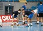 Chorwaci Zrnić i Kević już trenują z nafciarzami [FOTO, WIDEO]