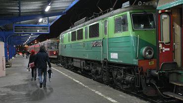 Ciało księdza znaleziono w pociągu (zdjęcie ilustracyjne)