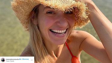 Joanna Koroniewska w bikini z dystansem do swojego ciała