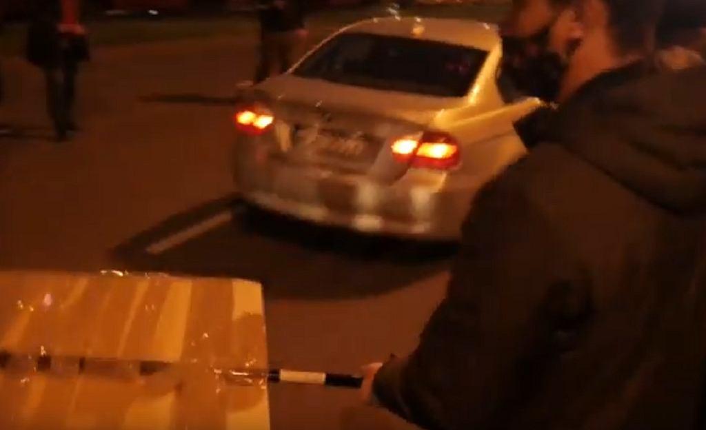 Potrącenie na manifestacji w Warszawie