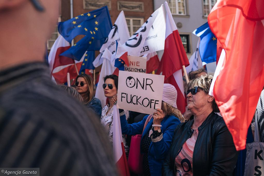 Wielki wiec przeciwko nacjonalizmowi i faszyzmowi, zwołany przez prezydenta Gdańska Pawła Adamowicza