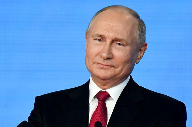Droga ropa i gaz sprzyjają Putinowi. Ma za co kupować poparcie
