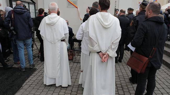 Upamiętnili tragedię sprzed 77 lat. W zbombardowanym kościele oo. Dominikanów zginęło ponad tysiąc osób