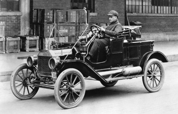 Model T był pierwszym samochodem światowym, Oprócz USA produkowano go m.in. w Argentynie, Chile, Australii, Brazylii, Danii, Wielkiej Brytanii, Niemczech, czy Hiszpanii
