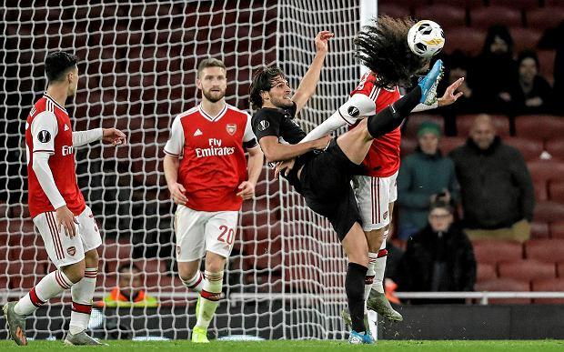 Niespodziewana porażka Arsenalu. Skomplikowana sytuacja klubu Polaka [WYNIKI LIGI EUROPY]