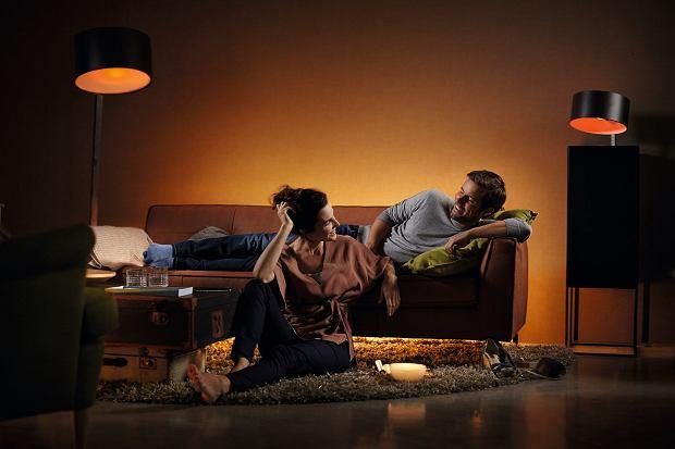 Świętuj Międzynarodowy Dzień Światła dobrym oświetleniem LED na co dzień