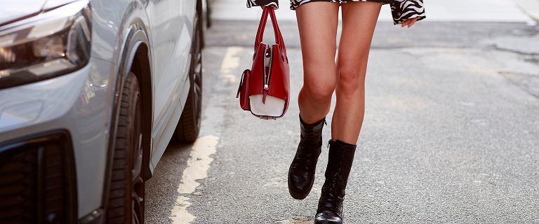 Te wygodne i modne buty Carinii dopełnią wiele jesiennych stylizacji! Teraz kupisz je dużo taniej