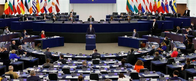 PE przegłosował rezolucję ws. praworządności w Polsce. Za aż 502 europosłów