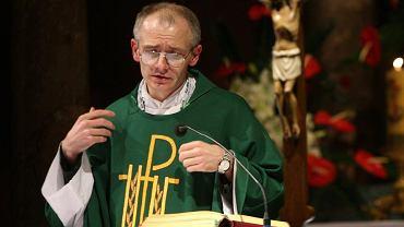 Jezuita Krzysztof Mądel