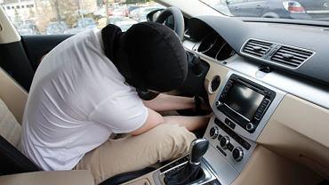 W 2104 roku ukradziono w Polsce 14 100 samochodów