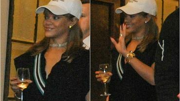 Rihanna przyjechała do Polski na piątkowy koncert, który odbył się na Stadionie Narodowym. Gdy przyjechała do hotelu Bristol, w którym się zatrzymała, jej fani mogli się srogo zawieść. Wokalistka minęła wtedy czekający na nią tłum i obojętnym krokiem przeszła w obstawie swych ochroniarzy. Po koncercie miała już zdecydowanie lepszy humor, a jej fani tym razem nie mogli narzekać. Artystka wyszła z hotelu z kieliszkiem w ręku, machała, uśmiechała się do fanów i rozdawała autografy.