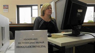 Polacy coraz chętniej wypełniają e-Deklaracje