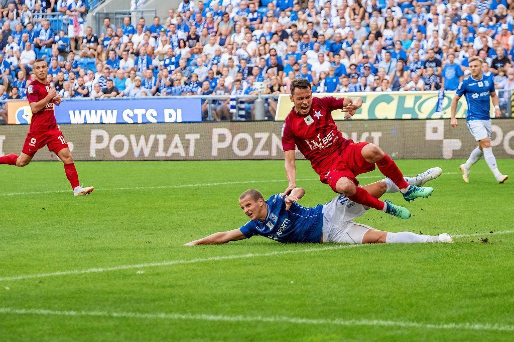 Lech Poznań - Wisła Kraków 2:5. Leży Tomasz Cywka
