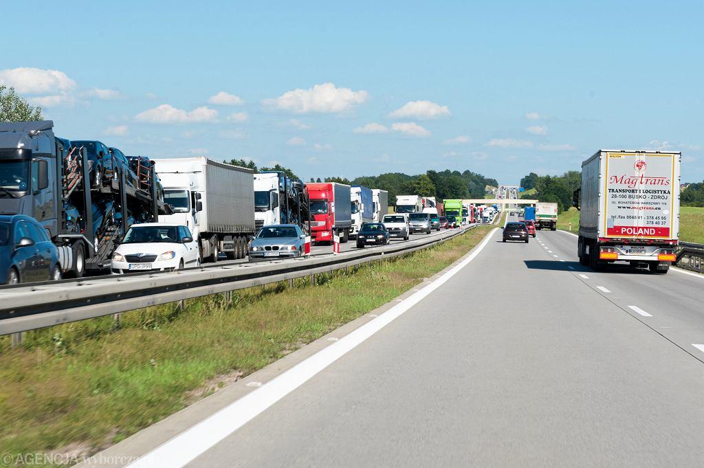 Wypadek na autostradzie (zdj. ilustracyjne)