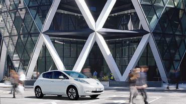 Nissan i stacja paliw przyszłości