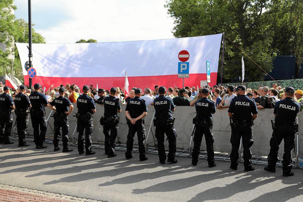 18 lipca 2017 - przygotowania do demonstracji pod Sejmem przeciwko ustawom ograniczającym niezależność sądownictwa