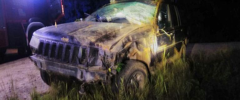 Choczewo. Rozbita auto z plamami krwi w środku. Rannych nie znaleziono