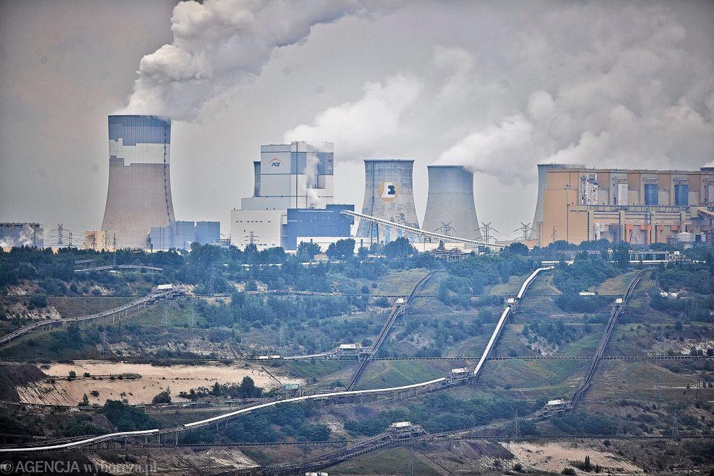 Elektrownia Bełchatów i kopalnia węgla brunatnego należące do PGE GiEK.